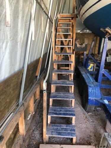 CC29-Option-Tent-Steps-03
