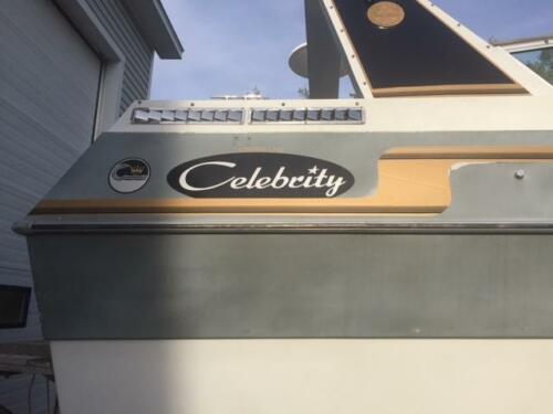 CrownlineCelebr26-Celebrity